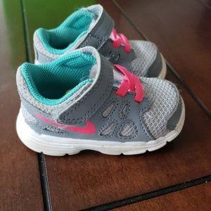 Toddler Girls Nike Sneakers